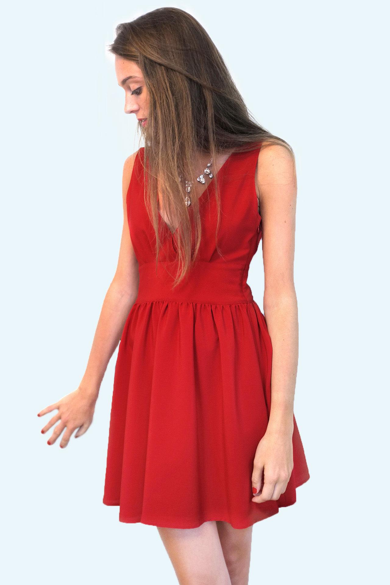 Accueil   Boutique   Femme   Robe EIDEN – soie rouge d0830e1b8195